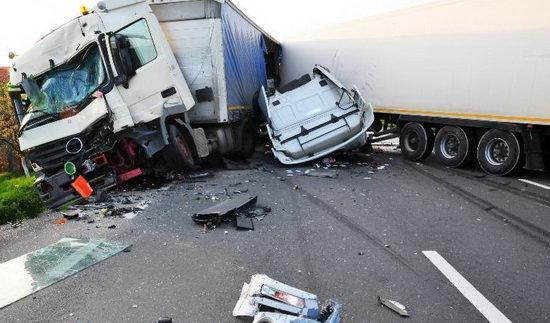 13 کشته در حادثه واژگونی کامیون در فیلیپین