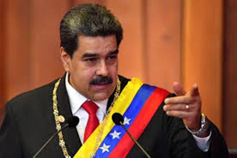خبرنگاران ونزوئلا: اتحادیه اروپا از سیاست های آمریکا تبعیت می نماید
