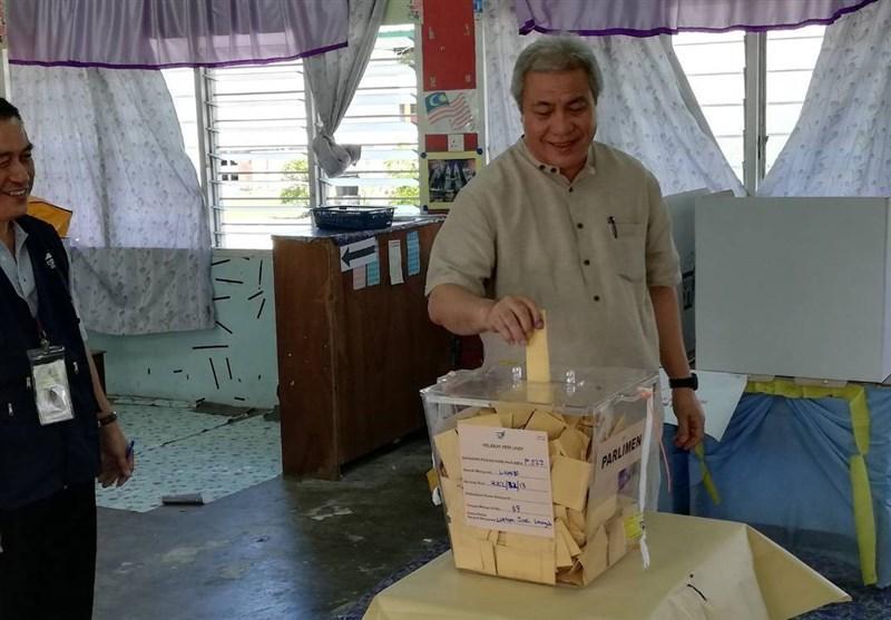 مردم مالزی پای صندوق های رای رفتند