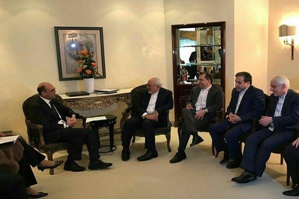 ظریف با همتای ایتالیایی و وزرای دفاع لبنان و سنگاپور دیدار کرد
