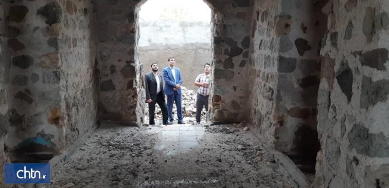 بازدید مدیرکل میراث فرهنگی هرمزگان از آثار تاریخی جزیره هرمز