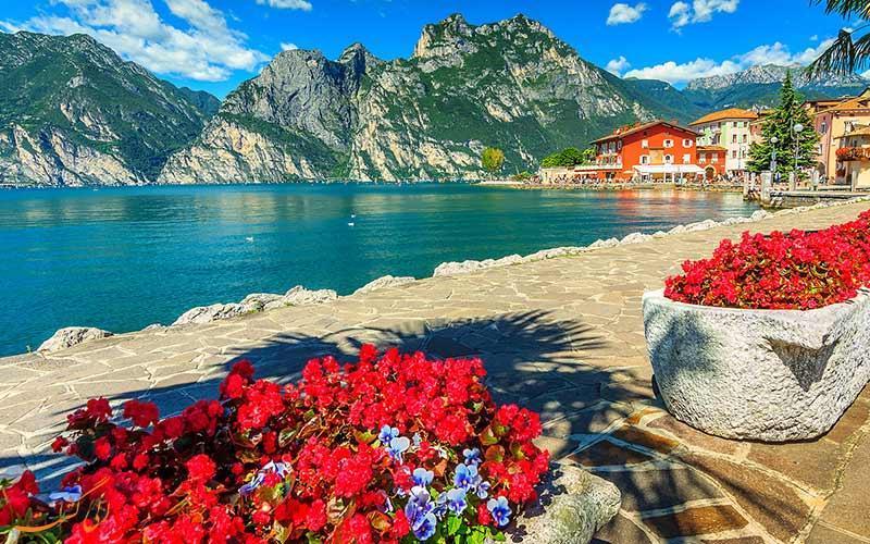 گاردا، بزرگ ترین دریاچه ایتالیا