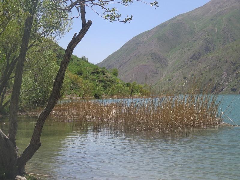 دریاچه گهر و کوه های اشترانکوه