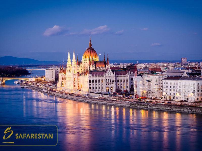 بلیط هواپیما به بوداپست موزه ای به وسعت یک شهر