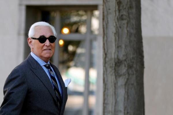 مشاور سابق ترامپ باید خود را به زندان معرفی کند