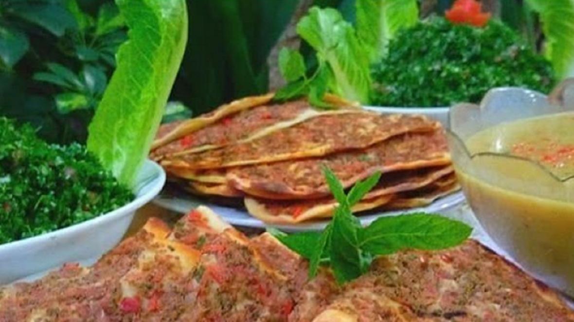 طرز تهیه صفیحه؛ غذای عربی تند