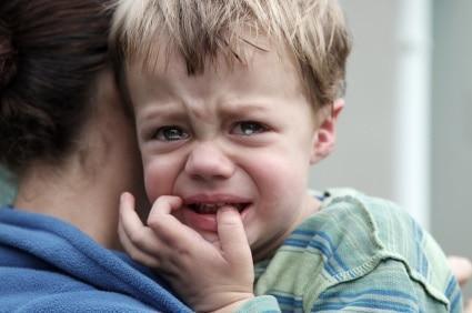 اضطراب جدایی در بچه ها باید جدی گرفته گردد
