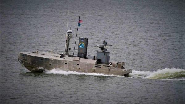 با قایق بدون سرنشین نظامی آمریکا آشنا شوید