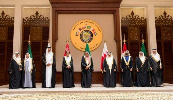 استقبال ملک سلمان از حضور سران عرب در نشست شورای همکاری خلیج فارس