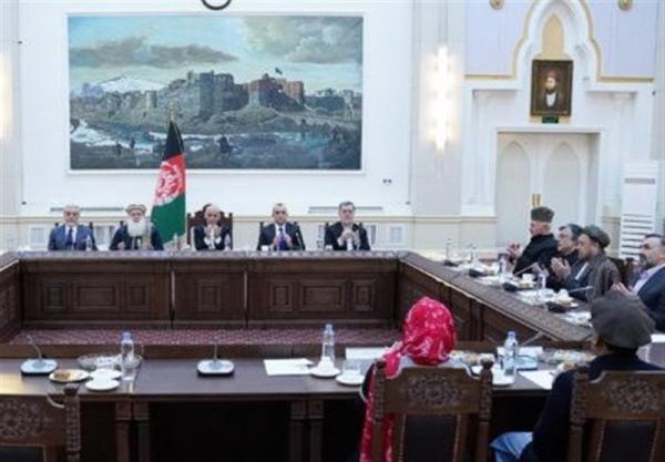 فشارهای آمریکا و ادامه رایزنی های اشرف غنی با شخصیت های سیاسی در افغانستان