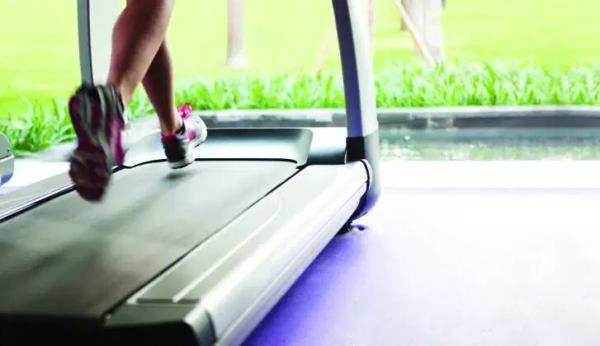 چطور ایمنی تردمیل را هنگام ورزش بالا ببریم؟